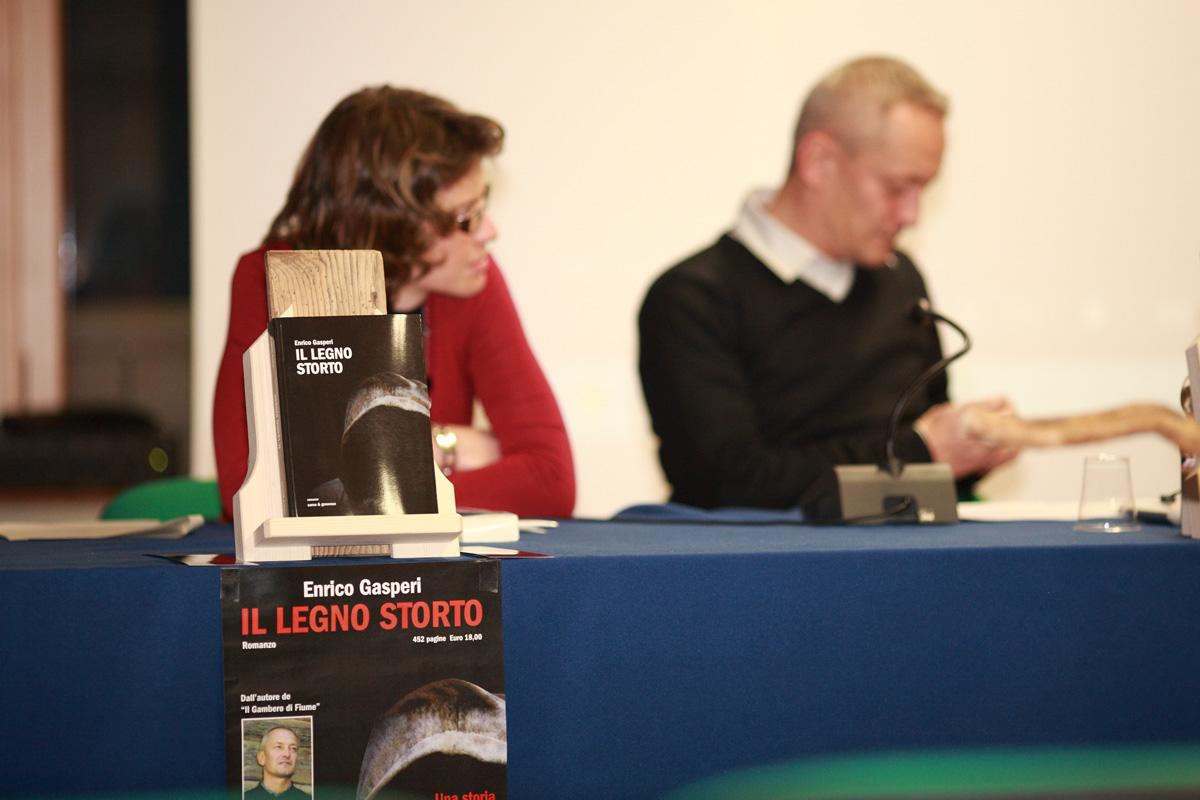 Enrico Gasperi_ Libro